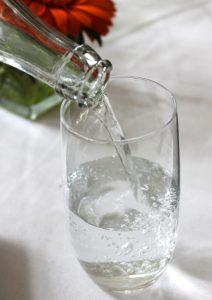 glass-833215_1920