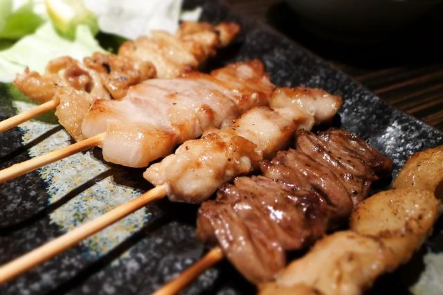 焼き鳥 肉料理居酒屋