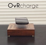 スマホが宙に浮くワイヤレス充電器「OvRcharge」登場!