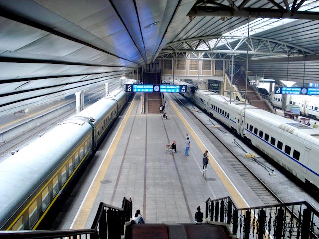 北京駅のホーム