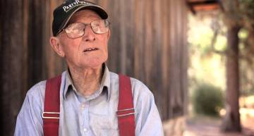 93-Year-Old Homesteader Living It Up In The Wilderness