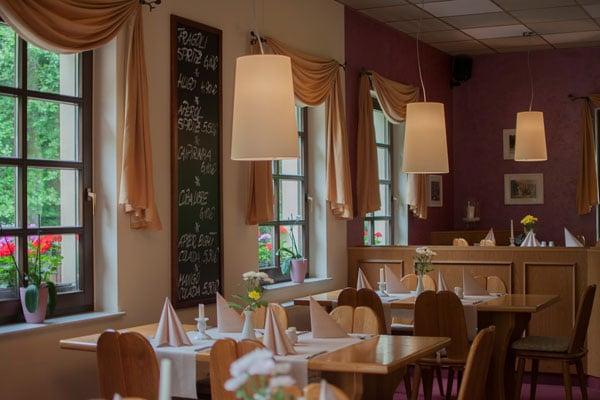 Tisch reservieren | Restaurant Waldfrieden