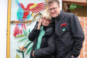 Ingrid Steeger mit Thomas Kerscher, Inhaber Fa. Waldrian®