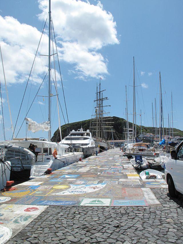 Yachthafen Marina Faial | Waldspaziergang.org