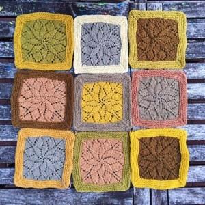 Mit Pflanzen färben - Decke mit pflanzengefärbter Wolle