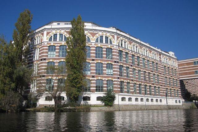 Die ehemaligen Buntgarnwerke sind zu exklusiven Wohnungen umgebaut worden.