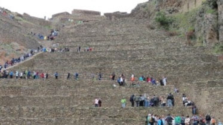 the ruins in Ollantaytambo