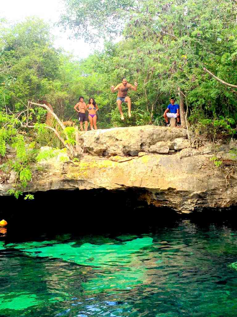 Gran Cenote cliff jump
