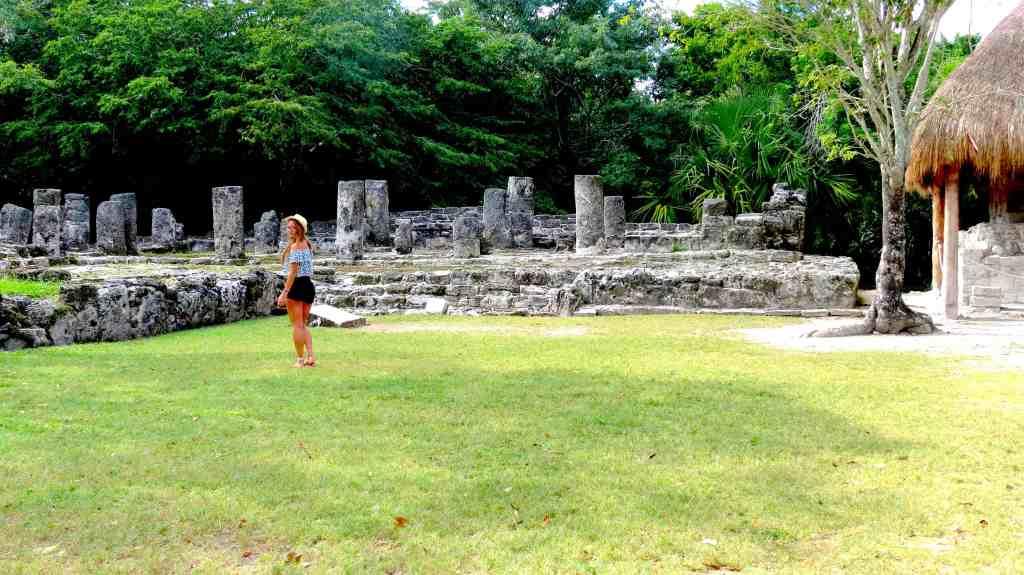 Pan of San Gervasi ruins entrance
