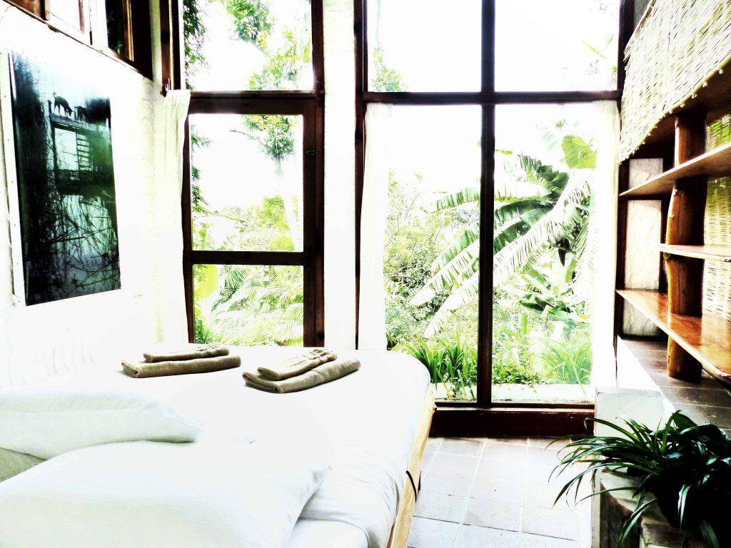 Lush Atitlan room