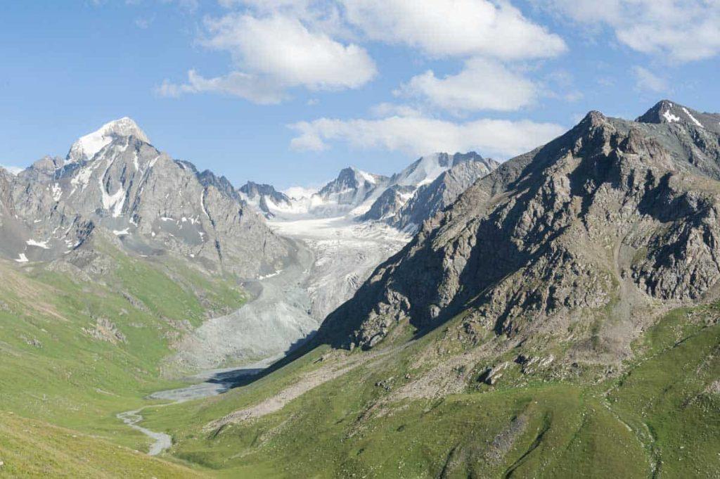 trekking in Eurasia Kyrgyzstan