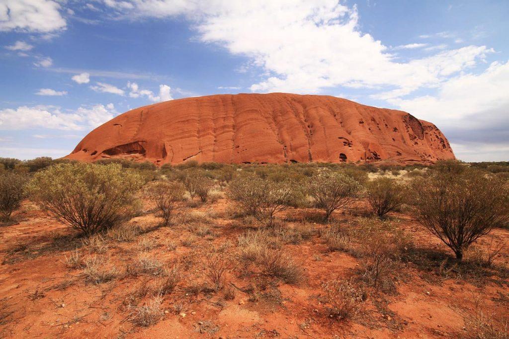 driving around red center way in central australia