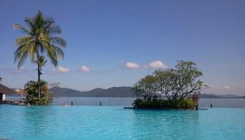 View over pool and ocean at Kota Kinabalu