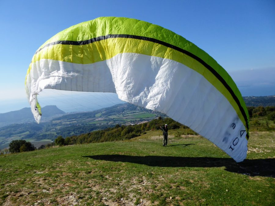 Paragliding in Lake Garda