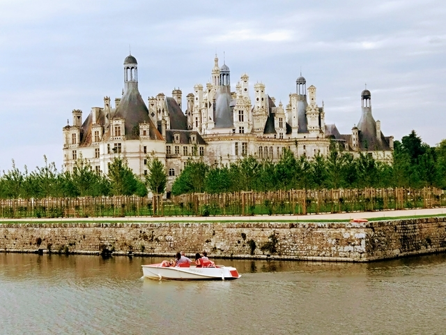 Travelling North France and living in car