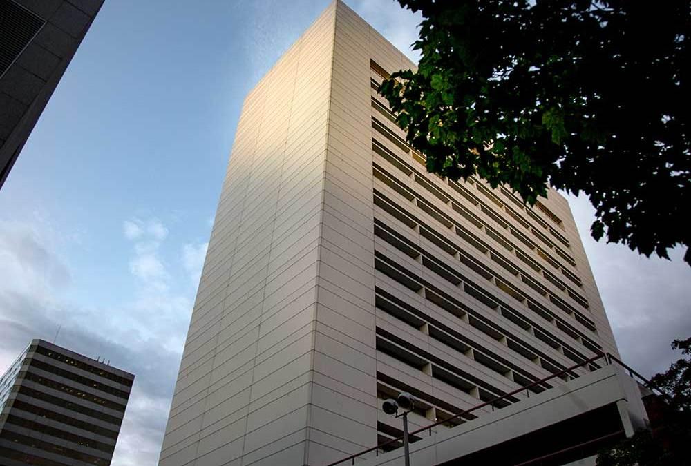Metropolitan Financial Center