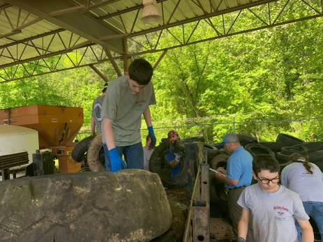 Boy Scout Troop 316 helps with Tire Amnesty Day