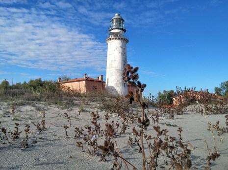 Faro del Porto di Goro, Isola dell'Amore
