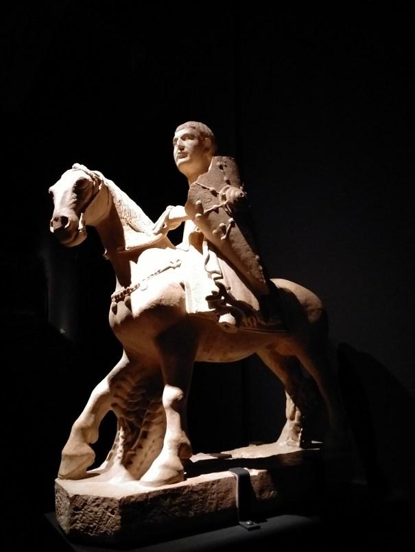 Maestro dei Mesi, Cavaliere (Maggio), Ferrara, Museo della Cattedrale