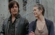 The Walking Dead 4ª Temporada: Novo romance chegando - Mas para quais personagens?