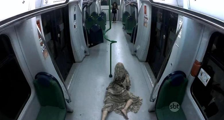 Zumbis invadem o metrô de Fortaleza em pegadinha do Silvio Santos
