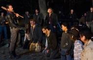 Scott M. Gimple fala sobre a fúria dos fãs em relação ao cliffhanger e sobre as diferenças da série com a HQ
