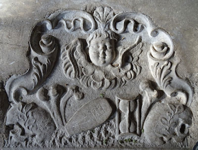 paglesham_church_carving2