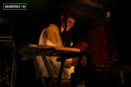 Buscabulla - Converse - Rubber Tracks Live - Club Subterráneo - Santiago, 04.08.2016 - © WalkingStgo - 18