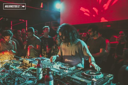 Diegors - Boiler Room - Budweiser - Whats Brewing in Santiago - Club La Feria - 15.12.2016 - WalkingStgo - 1