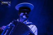 Emir Kusturica And The No Smoking Orchestra en vivo en el Teatro Caupolicán de Santiago de Chile - 16.11.2017 - WalkiingStgo - 9