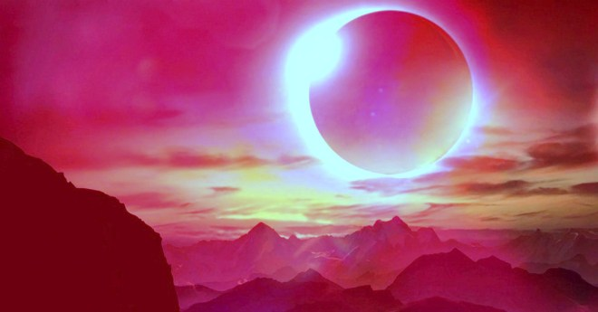 Walking with the solar eclipse - Walking Terra Christa