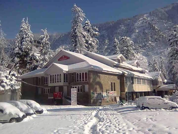 manali club house best place to kill time