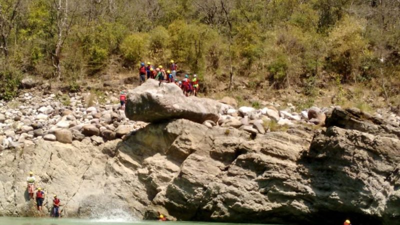 cliff diving in rishikesh