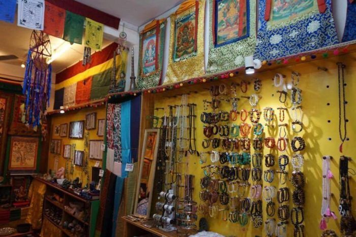 Tibetan shops in manali valley