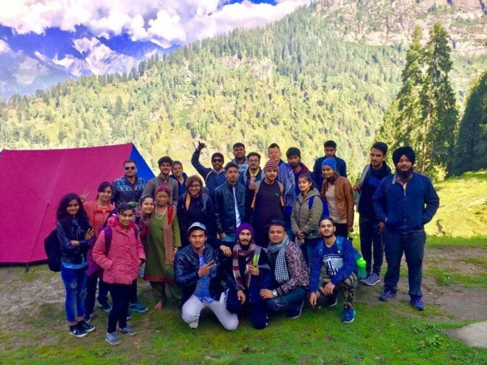 budget trip to kasol with walking wanderer