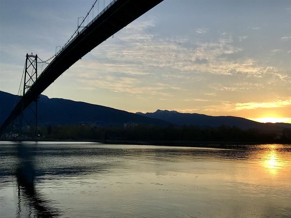 Lions Gate bridge at dawn