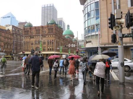 Rainy Sydney Source: http://sydneyemeraldcity.blogspot.com/2013/11/rainy-sydney.html