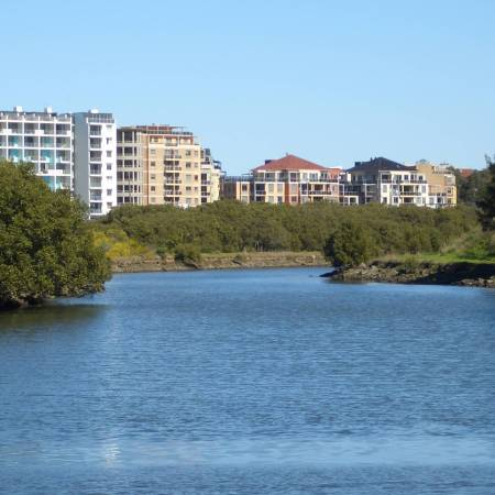 Wolli Creek, No Pedestrian Crossing