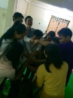English Class Break - The Human Knot