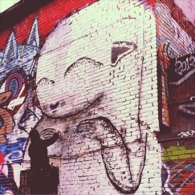 Waxhead in alley between St-Laurent and Clark photo © Mr Mocha