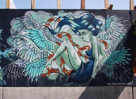 Under Pressure Festival zone 2014 - MC Baldassari on boarded wall