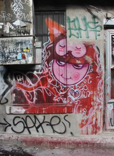 Waxhead representing the Wzrds Gng in alley between St-Laurent and Clark