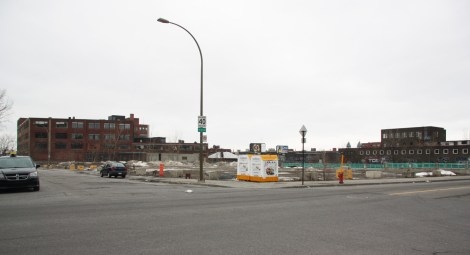 Lot on the corner of Van Horne and Parc where used to stand the Omnipac building