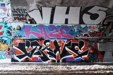 Crane (bottom), Haze (middle), VH5 (top) at the Rouen tunnel legal graffiti wall