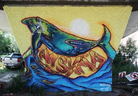 Fanny Aishaa 'mural' on a pillar of the Van Horne|Rosemont overpass
