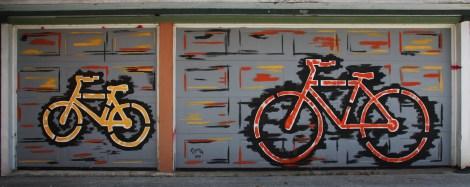 Perron on garage doors