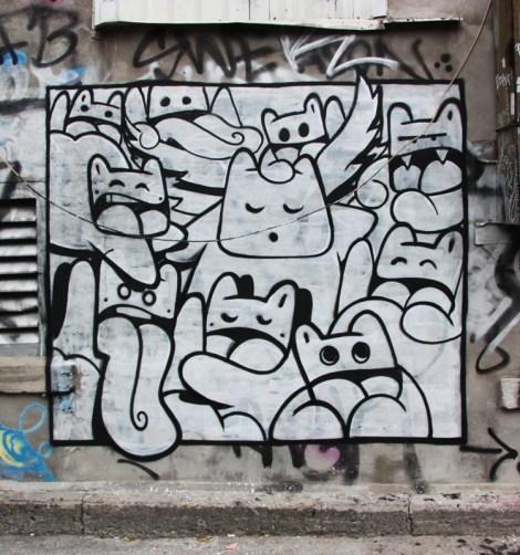 El Moot Moot 'mural' in alley between St-Laurent and Clark