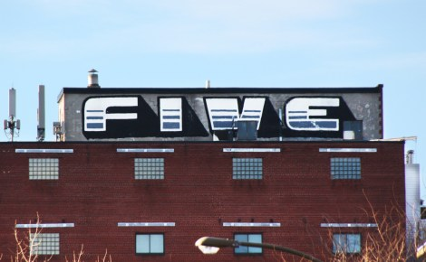 Five Eight on Plateau End rooftop