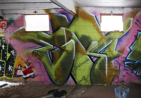 EK7 graffiti piece found in urbex