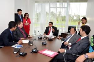 Deputado Zé Inácio (PT) preside reunião da Comissão de Defesa dos Direitos Humanos e das Minorias.
